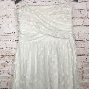 Mystic Strapless Lace Dress Cream Colored NWOT